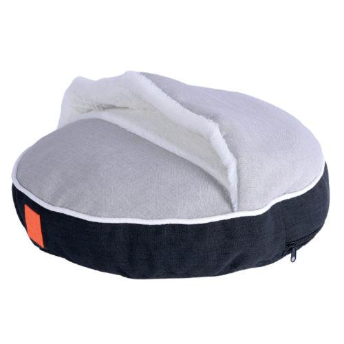 mpets_0024_moon-cushion